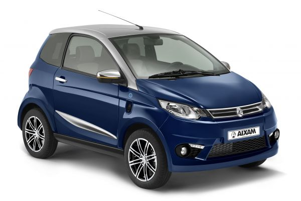 AIXAM licence-free cars City Blue front