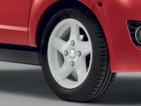 "white alloy rims ""No-licence"" cars"
